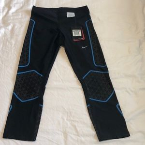 Nike Capri Running Pants